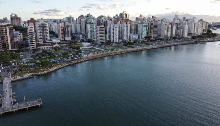 Beira-Mar-norte_Fim-de-tarde-domingo_Anderson-Coelho_0707-scaled-768×432